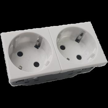 Розетка электрическая 2х2К+З со шторками, с безвинтовым зажимом, под углом 45гр (белый)