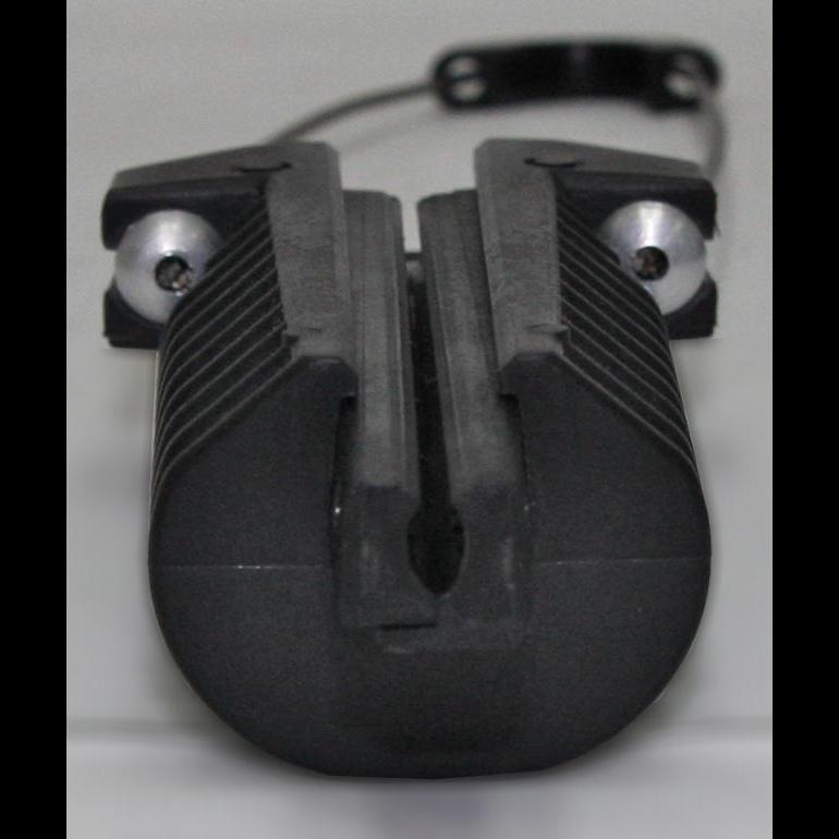 Зажим анкерный клиновой Alpha Mile 806-01-69 (большой, пластиковый)