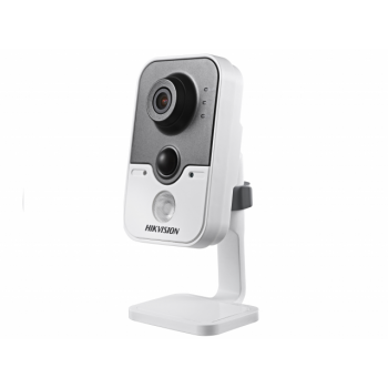 Офисная IP-камера DS-2CD2412F-I, 1,3Мп,4мм,12V/PoE,ИК подсветка до 10м, с кронштейном.