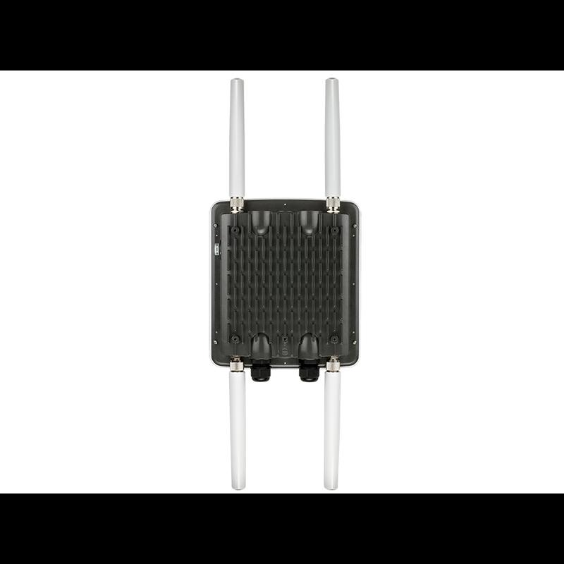 Двухдиапазонная унифицированная точка доступа AC1200 с поддержкой РоЕ DWL-8710AP