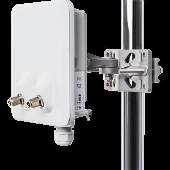 Оконечная станция Infinet Vector 5, 4.9-6 ГГц, 460 Мбит/с, 2x27 дБм, 2x N-type